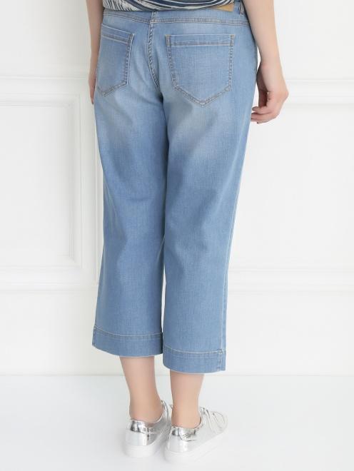 Укороченные джинсы прямого кроя - МодельВерхНиз1