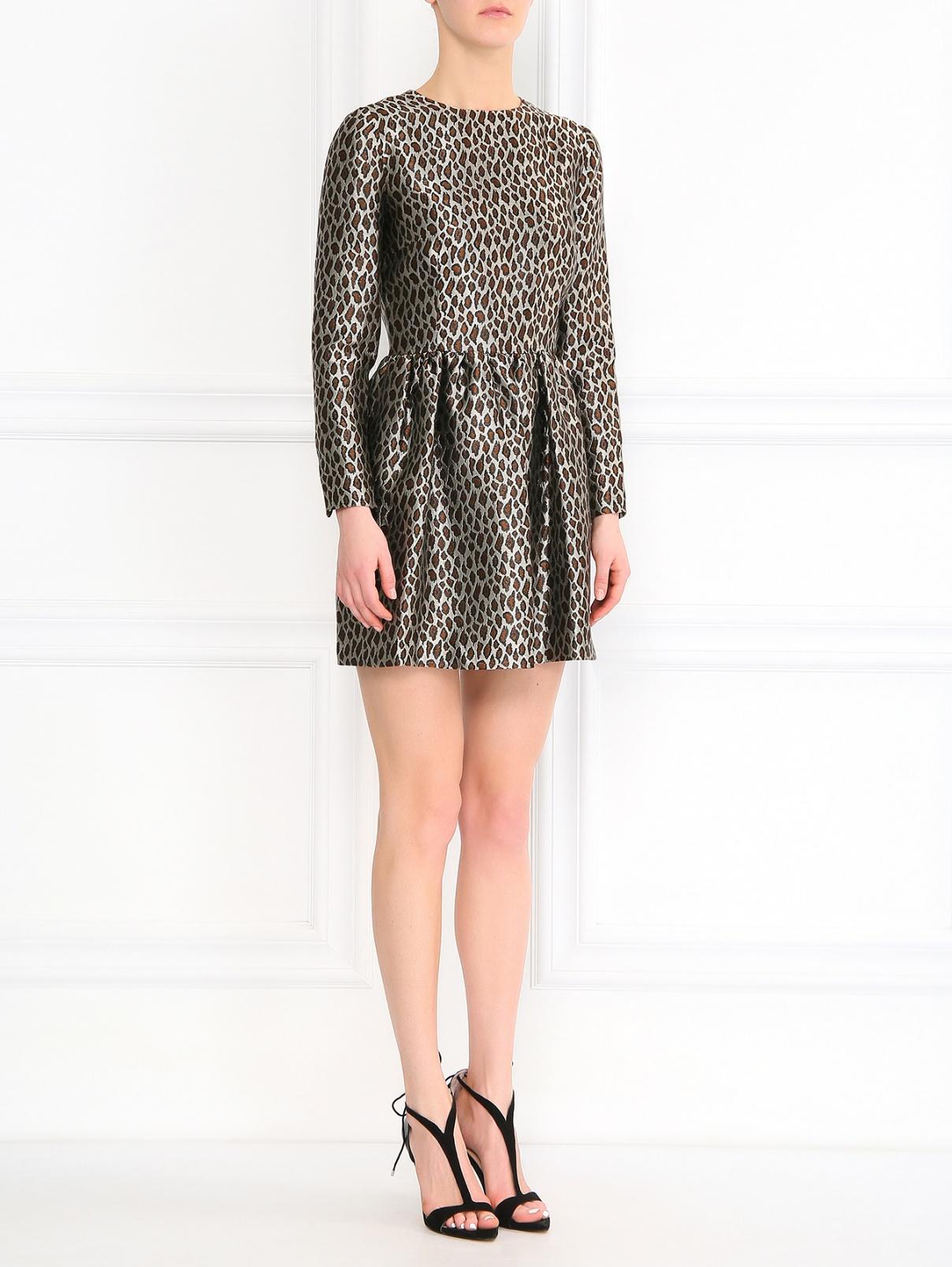 Платье-мини с узором Au Jour Le Jour  –  Модель Общий вид  – Цвет:  Коричневый