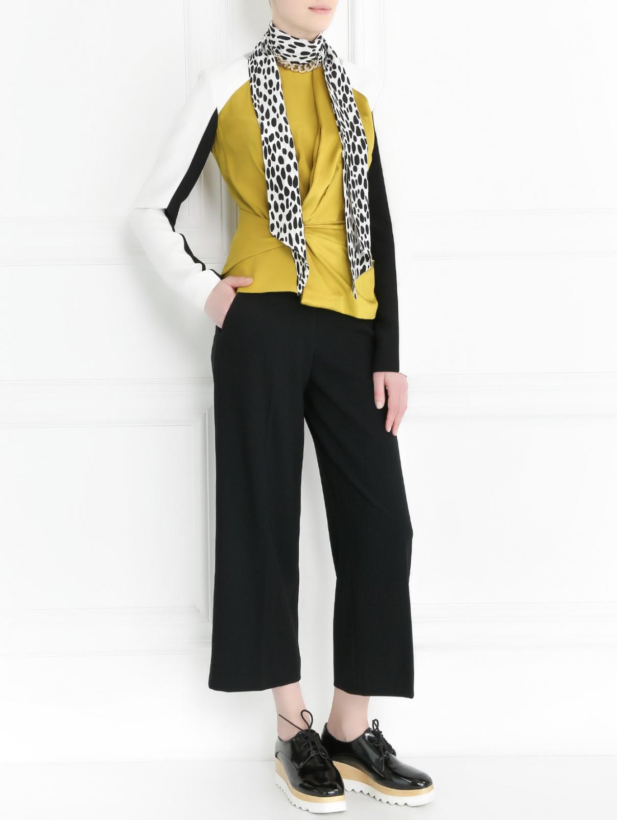 Укороченные широкие брюки Moschino Cheap&Chic  –  Модель Общий вид
