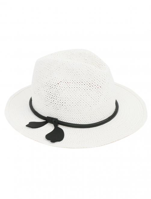 Шляпа с контрастной отделкой - Общий вид