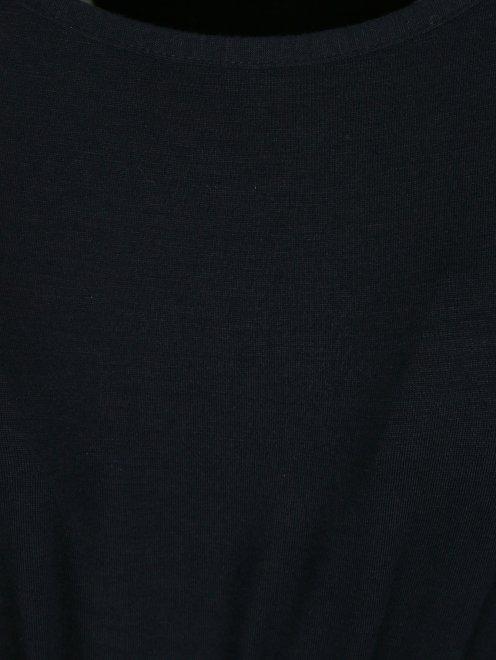 Платье со сборкой на талии - Деталь