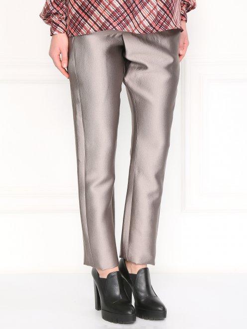 Прямые брюки с декорацией - Модель Верх-Низ
