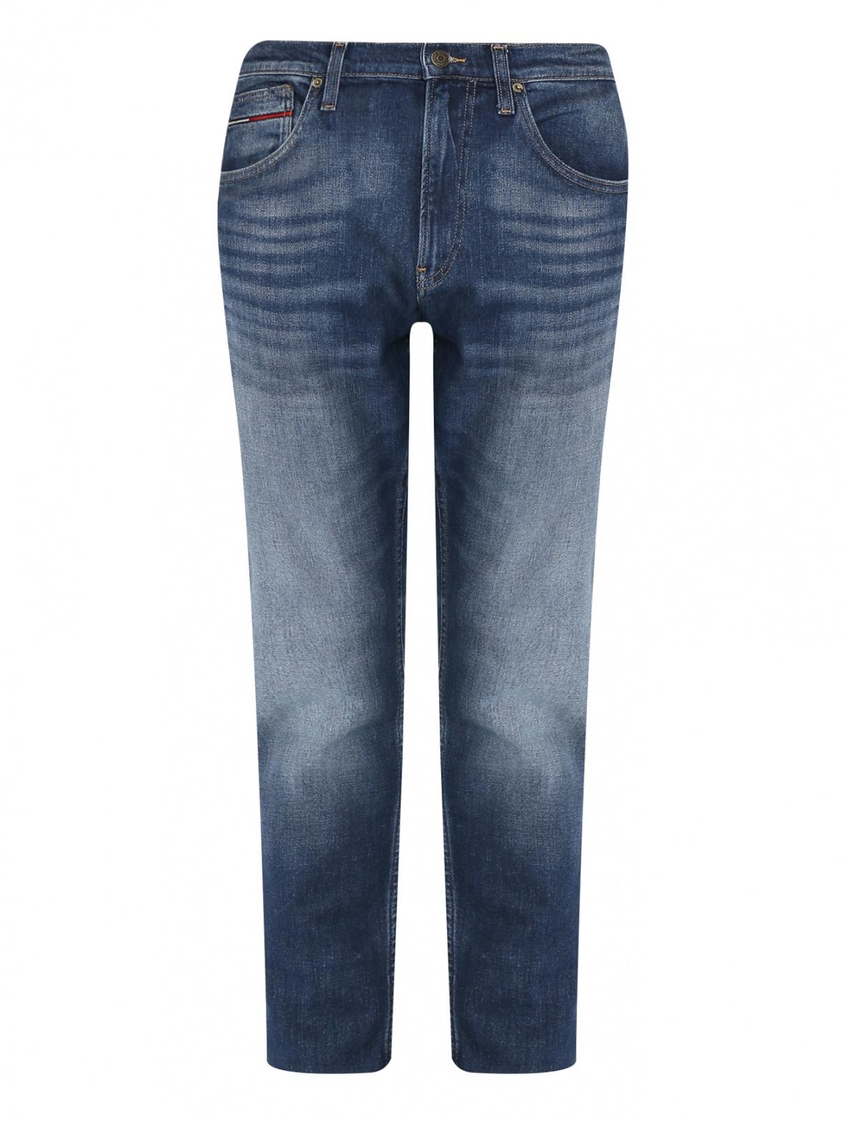 Джинсы зауженного кроя с потертостями Tommy Jeans  –  Общий вид  – Цвет:  Синий