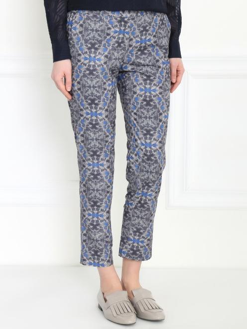 Укороченные брюки из полиэстера с узором - Модель Верх-Низ