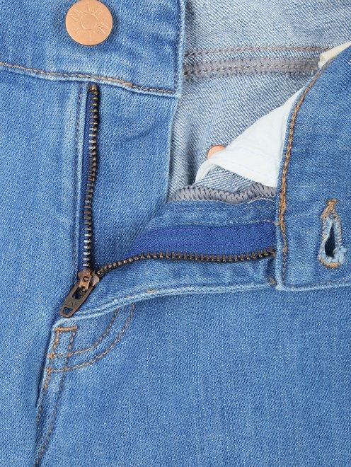 Укороченные узкие джинсы из плотного денима - Деталь1