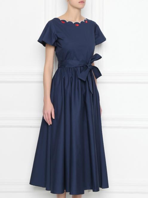 Платье из хлопка с расклешенной юбкой и вышивкой - МодельВерхНиз