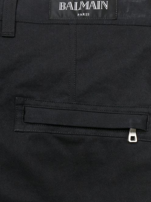 Шорты из протного хлопка с накладными карманами - Деталь